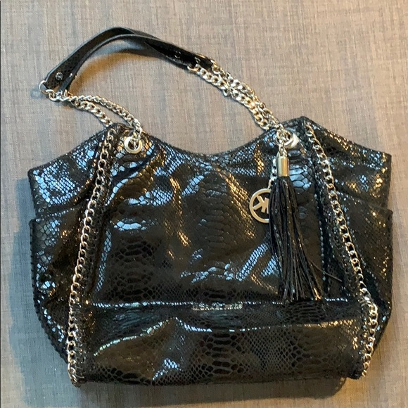 Michael Kors Handbags - Michael Kors Black Shoulder Bag